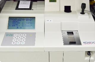 自動血液生化学検査機器、内分泌測定装置